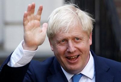 Борис Джонсън обича да цитира Уинстън Чърчил и да спортува. Снимка РОЙТЕРС