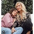 Мари заедно с майка си Гала  СНИМКА: ОФИЦИАЛЕН ИНСТАГРАМ ПРОФИЛ НА МЛАДОТО МОМИЧЕ