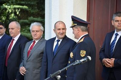 Президентът Румен Радев и вътрешният министър Бойко Рашков бяха на професионалния празник на българските пожарникари.