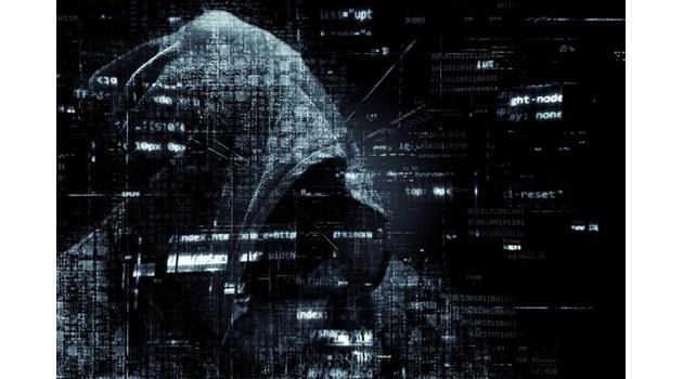 Хакерът писал пак на избрани медии, бил руснак, женен за българка, плаши с нови атаки