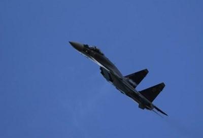 Изтребител Су-35 СНИМКА: Ройтерс