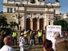 Протестиращите бяха пред парламента, вече са на Орлов мост (Обновена)
