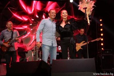 Кметът Георги Икономов поздрави всички гости и изпълнители на фестивала. СНИМКИ: ОБЩИНА БАНСКО