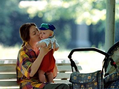 Все по-малко са жените в детеродна възраст в България, което било една от големите заплахи за националната сигурност.