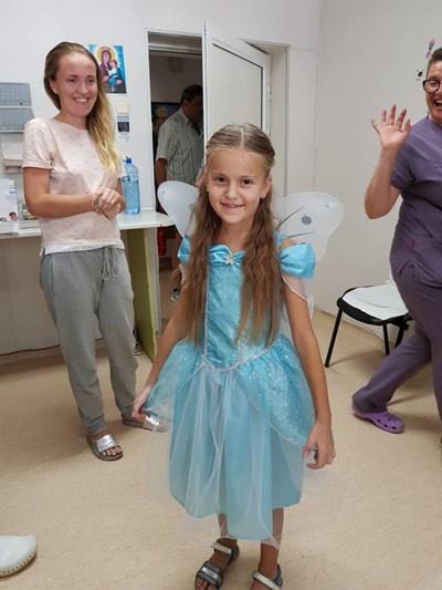 Надя от Украйна беше изписана от болницата  СНИМКИ: Авторката