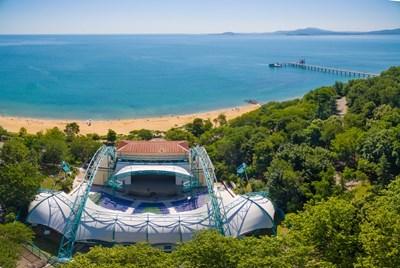 Емблематичният летен театър в Бургас е познат на цяла България. СНИМКА: Архив