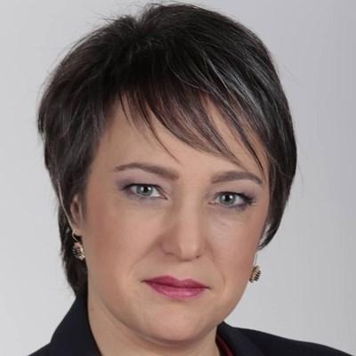 Анна Славова