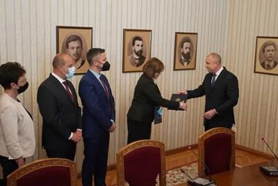БСП върна третия мандат СНИМКИ: Велислав Николов