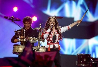 Елица Тодорова и Стоян Янкулов представиха България и тази година на Евровизия.   СНИМКА: РОЙТЕРС