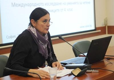 Шефката на Центъра за оценяване в предучилищното и училищното образование Неда Кристанова обявява резултатите от PIRLS в деня, когато беше представен международният доклад в централата на ЮНЕСКО в Париж. СНИМКА: Алексей Димитров