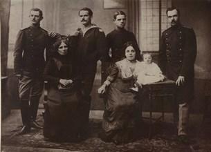 Райна Попгеоргиева със знамето. Снимки: Архив 168 часа