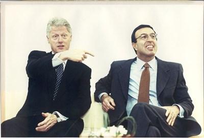 Петър Стоянов и Бил Клинтън по време на посещението на американския президент у нас през 1998 г.