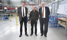 Валери Каталев, ръководител в DESY на дейностите по създаване на вълноводните системи: Българският екип постигна големи резултати