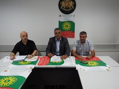 """Кметът на община """"Марица"""" Димитър Иванов (в средата) e председател на организационния комитет на игрите"""