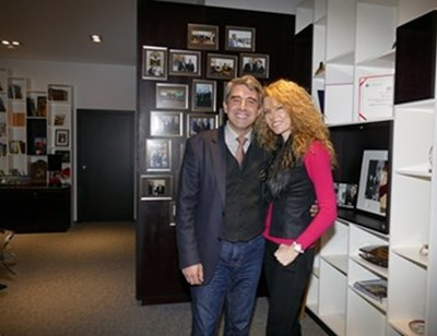Президентът (2012-2017) Росен Плевнелиев със съпругата си Деси Банова-Плевнелиева в офиса си, който му се полага по закон след края на мандата. Той се намира в София Тех парк - един от комплексите, построени от него. СНИМКА: Пиер Петров