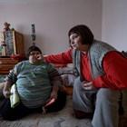 От първия до последния ден на Стефан майка му Рени Григорова не спря да се грижи за него.