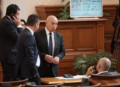 Депутатите отхвърлиха текстове да има пощенски клон в места с поне 800 души.  СНИМКА: ДЕСИСЛАВА КУЛЕЛИЕВА