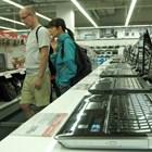 """Лаптопите са хитът за пазаруване по време на пандемията.  СНИМКА: """"24 ЧАСА"""""""