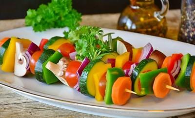Диетите, основаващи се на растителни продукти, са богати на полезни хранителни вещества, витамини и минерали, което е важно за здрава имунна система.  СНИМКА: Пиксабей