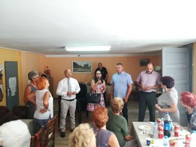 Лариса Кътова поздрави пенсионерите, чийто гост беше Стоян Алексиев.
