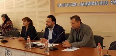 Светослав Костов по време на пресконференцията в БНР СНИМКА: Авторът