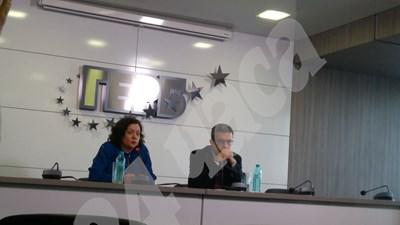 Тома Биков и Ивелина Василева на извънредната пресконференция на ГЕРБ СНИМКА: Авторът СНИМКА: 24 часа
