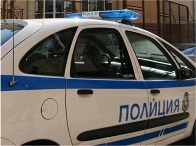 ... в карловското село Розино вчера, съобщиха от ОД на МВР-Пловдив. Минути  преди 17.00 часа в Районно управление на полицията – Карлово бил получен  сигнал ... a424e9ffee2