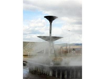 Водата блика с рекордните 103°.  СНИМКА: АВТОРЪТ