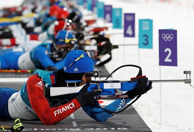 Французинът Фуркад направи истинска наказателна акция в преследването на олимпиадата в ПьонгЧанг. Снимки РОЙТЕРС