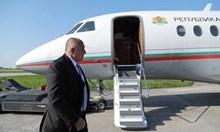 Технически проблем със самолета на Борисов, едвам кацна в София