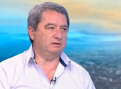 Емануил Йорданов Кадър: Би Ти Ви