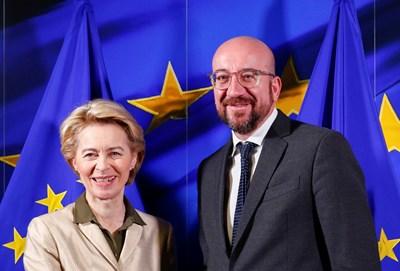 Бъдещата шефка на ЕК Урсула фон дер Лайен посреща новоизбрания председател на Европейския съвет Шарл Мишел в Брюксел. СНИМКА: РОЙТЕРС