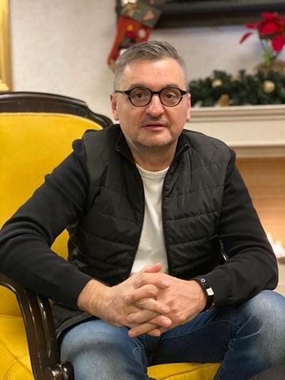 Кирил Добрев с гневен пост срещу партията на отцепниците от БСП