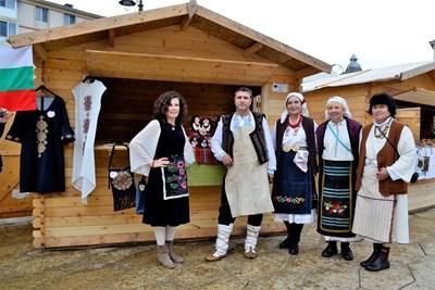 Търновските майстори занаятчии в Крайова СНИМКА: Община Велико Търново