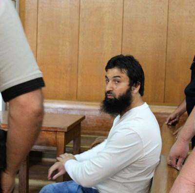 Ахмед Муса  Ахмед в съда миналото лято, когато той и останалите 13 обвиняеми поискаха  отстраняването на прокурор Попова.