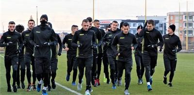 """""""Ботев"""" (Пд) с първа контрола днес, ще играе още 4 на лагера в Турция"""