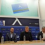 """От """"Левски"""" представиха новите членски карти на специална пресконференция. СНИМКИ: ЙОРДАН СИМЕОНОВ"""
