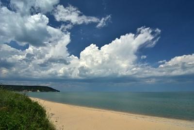 Кара дере е един от най-дългите плажове по Северното Черноморие. СНИМКА: Иван Михалев