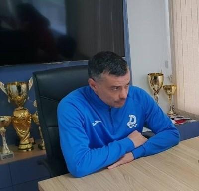 Наставникът на тима Людмил Киров СНИМКА: Авторът