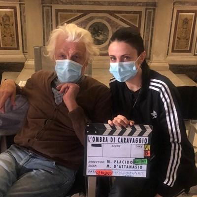 """Микеле Плачидо и съпругата му Федерика Винчети на снимачна площадка на филма """"Сянката на Караваджо"""""""