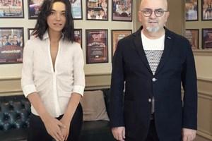 Роботът Айпера сключи договор с продуцента Бирол Гювен като актриса за участие в турски филм. СНИМКА: ФЕЙСБУК