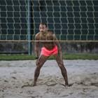 Неймар се пусна на плажен волейбол