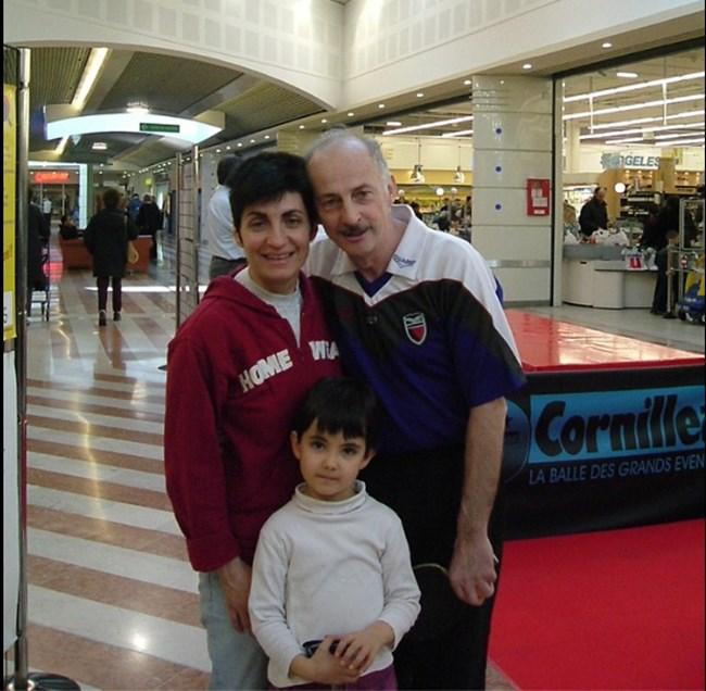 Гергелчева с дъщеря си Инна и бившия световен и европейски шампион Жак Секретен