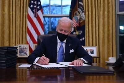 """""""Радио Китай"""": САЩ трябва да покажат с действия връщането си в """"Парижкото споразумение"""""""