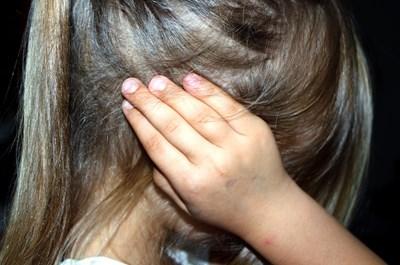 Най-малко половината от подрастващите у нас преживяват физически или емоционален тормоз