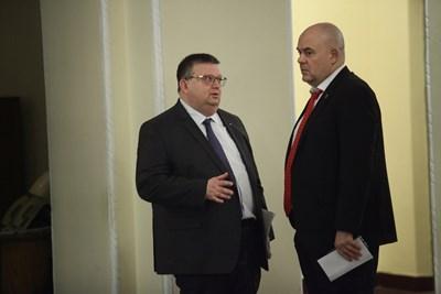 Сотир Цацаров със заместника си Иван Гешев