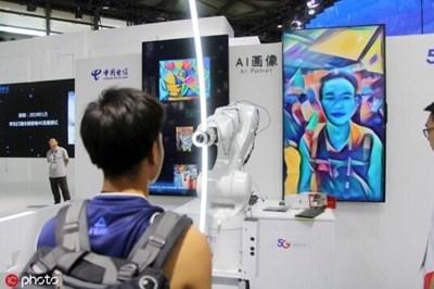 Изкуствен интелект помага на учениците и учителите в Китай в часовете по математика