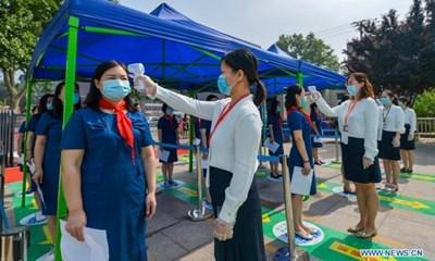 Училищата в Китай се готвят за началото на новата учебна година