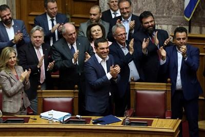 Правителството на Алексис Ципрас оцеля при процедура по гласуване на доверие. Снимка РОЙТЕРС
