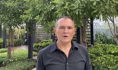 Васил Божков публикува клип от зелена градина в Обединените арабски емирства.